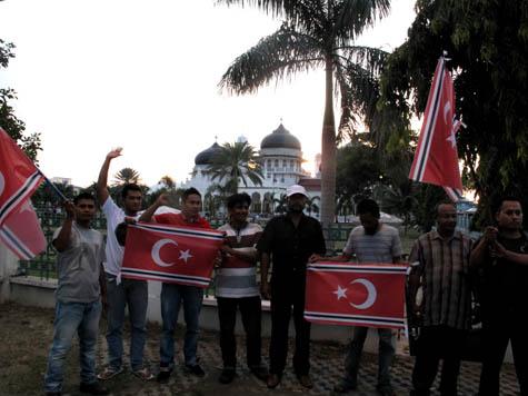 Presiden Bisa Batalkan Qanun Bendera Aceh