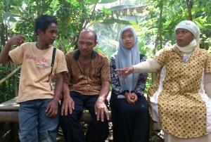 Keluarga Septi Rangkuti. | Nurdin Hasan/ACEHKITA.COM