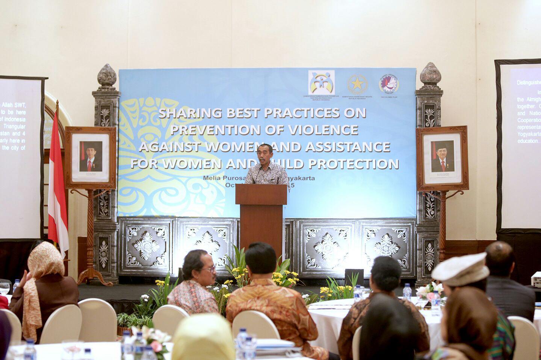 Staf Khusus Mensesneg Beri Kuliah Umum 'Politik Keuangan Negara' di UIN Ar-Raniry
