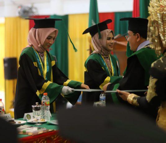 2.011 Lulusan UIN Ar-Raniry Diwisuda dalam Tiga Hari