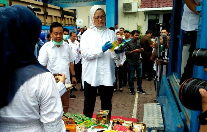 BPOM Musnahkan Produk Ilegal Senilai Rp1,2 Miliar di Banda Aceh