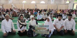 Pemerintah Aceh Salurkan Rp 1,2 Miliar Zakat Kepada 1.800 Mustahik