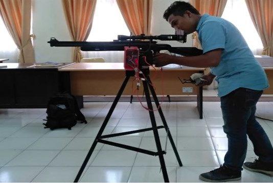 Mahasiswa Politeknik Lhokseumawe Ciptakan Perangkat Pengendali Senapan dari Jarak Jauh