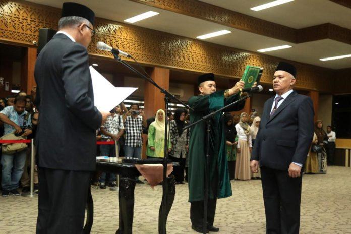 Plt Gubernur Lantik Taqwallah Sebagai Sekda Aceh