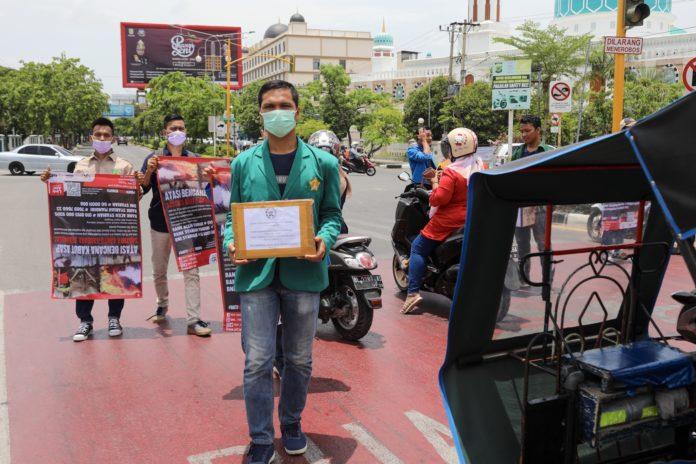 Mahasiswa Galang Dana untuk Korban Kabut Kabut Asap di Riau