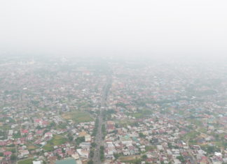 Kabut Asap Makin Pekat Menyelimuti Aceh, BPBA Bagi-bagi Masker