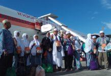 392 Jemaah Haji Kloter Pertama Debarkasi Aceh Tiba di Tanah Air